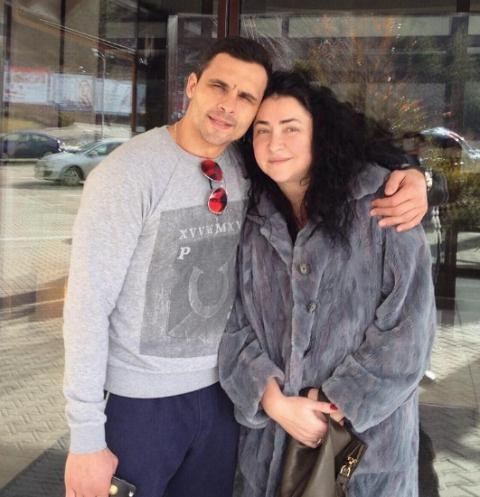 Лолита с супругом Дмитрием собрались в романтическое путешествие