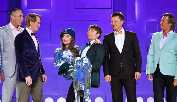 Михалкова стала яркой звездой популярного коллектива