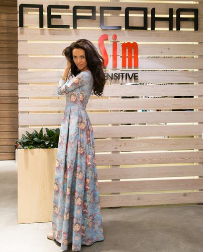 Лера Кондра. Платье: REZEDA SULEYMAN