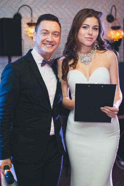 Ведущие Иван Кузьмичев и Екатерина Головкина - финалистка конкурса Miss Europe
