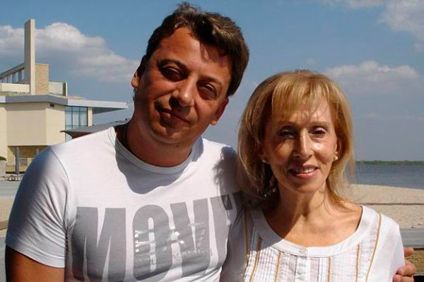 Родной брат Максима Дмитрий Галкин с любимой тетей Ириной Шаровой в Израиле