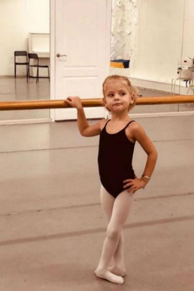 Алиса обожает балет