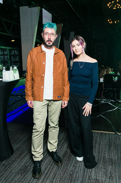 По слухам, Артемий Лебедев живет с Аленой Ивановой.