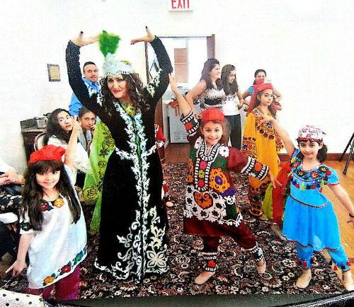 В Нью-Йорке Малика открыла свою школу танцев