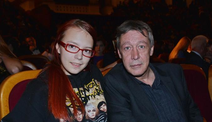 Дочь Михаила Ефремова призналась, что хотела покончить с собой