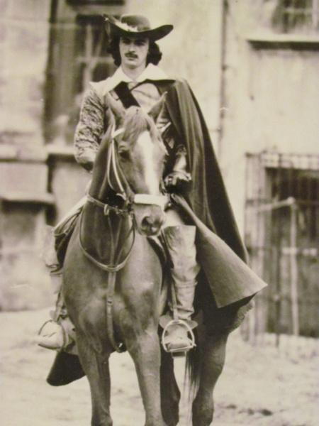 Михаил Боярский в первом фильме был гораздо старше своего персонажа