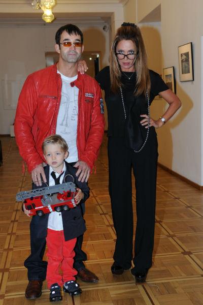 Дмитрий Певцов и Ольга Дроздова с сыном