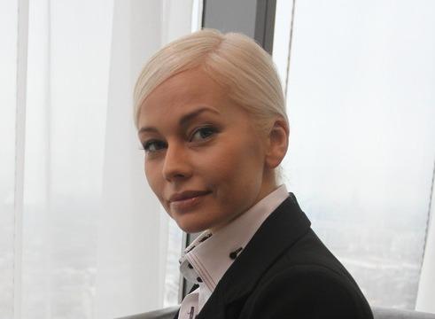 Елена Корикова: «Брошенный мужчина пообещал, что положит всю жизнь на уничтожение меня»