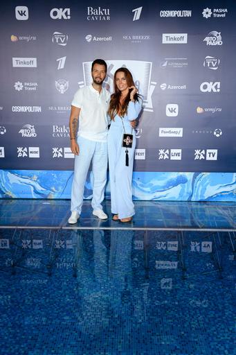 Денис Клявер с женой