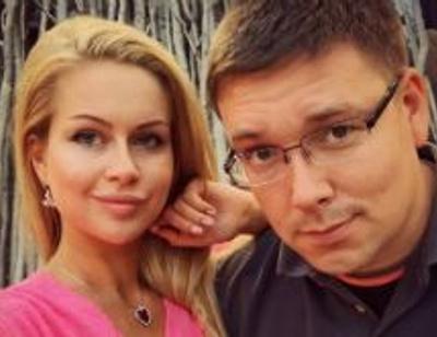 Марина Африкантова и Андрей Чуев улетели вместе на Кипр