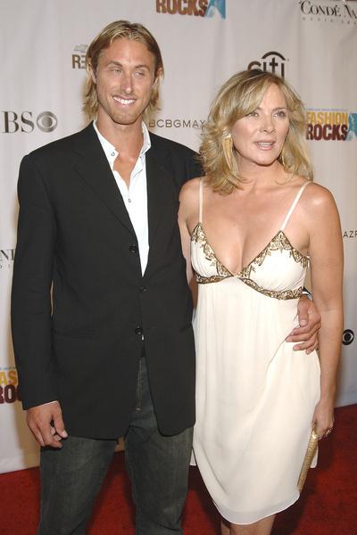 Как и один из любовников Саманты в сериале, Алан Уайз был намного младше блондинки