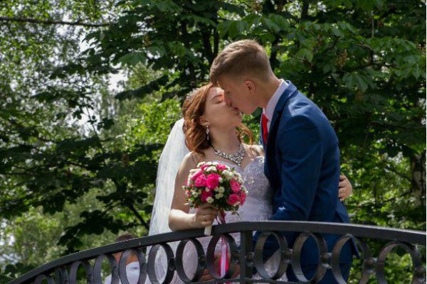 Милана и Даниил сыграли свадьбу
