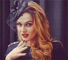 Алена Водонаева скандалит с мужем из-за сына