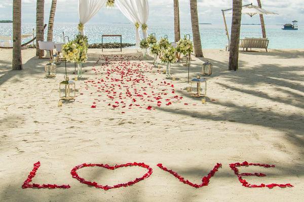 Церемония бракосочетания проходила на Мальдивах