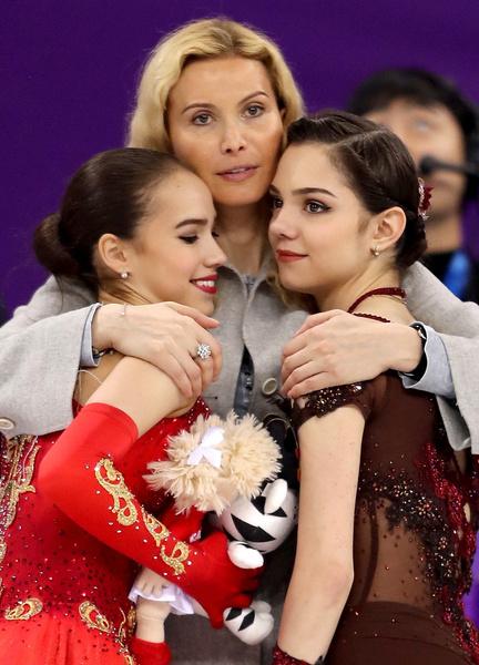На Олимпиаде в Южной Корее Медведева завоевала серебро, а Загитова — золото