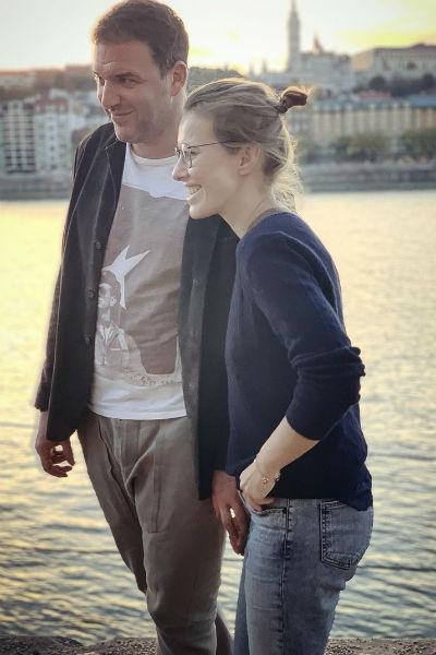 Сейчас телеведущая счастлива в отношениях с Максимом Виторганом