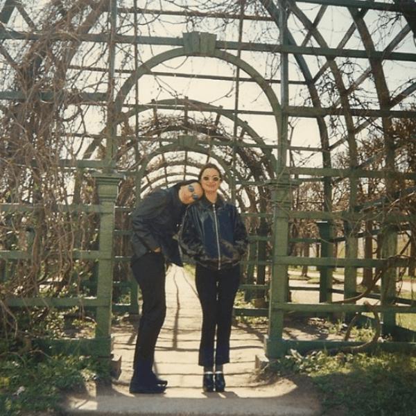 Ольга Орлова опубликовала редкое фото с Жанной из архива