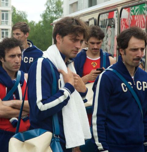 Создатели фильма постарались найти актеров, похожих на советских чемпионов