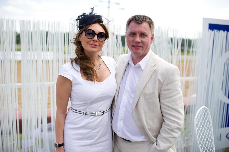 В браке с Николаем Борисовым актриса прожила более семи лет
