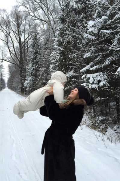 Анна Михайловская прекрасно справляется с ролью мамы