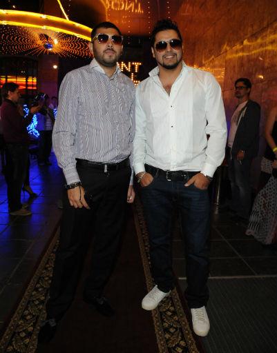 Александр Бердников (справа) с другом