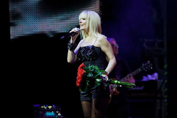 Валерия на концерте в Воронеже