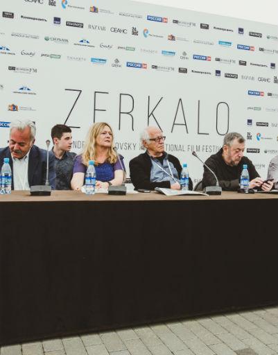 Члены жюри кинофестиваля за работой