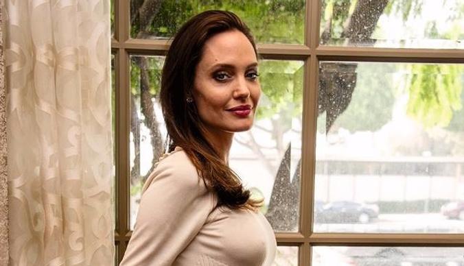 История болезни: почему Анджелина Джоли страдает от проблем со здоровьем