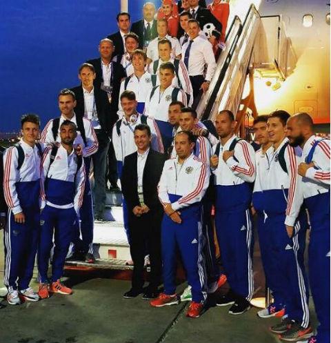 Сборная России вернулась в Москву