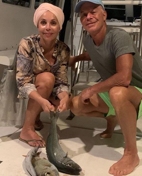 Певец с женой Мариной