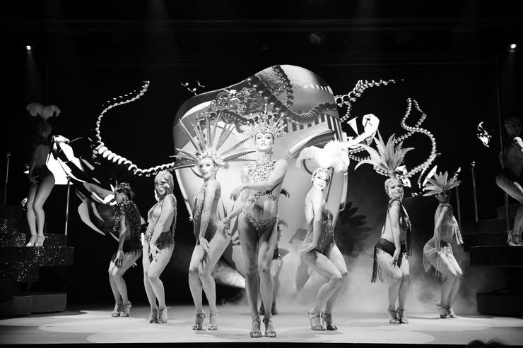 Шоу «What women want» — это симбиоз французского кабаре и танцевального театра