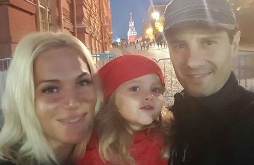 Виктория и Антон Макарские с дочерью Машей