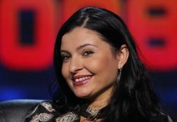 «Ее разрезали, сделали шесть операций»: звезду 90-х Светлану Владимирскую нашли в больнице