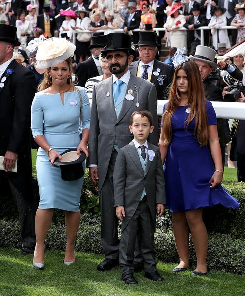 Мохаммед ибн Рашид Аль Мактум с принцессой Хайей и детьми