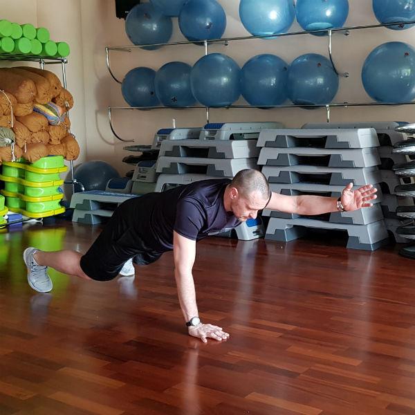 Стиль: За месяц до лета: 10 упражнений, которые приведут тело в форму – фото №8