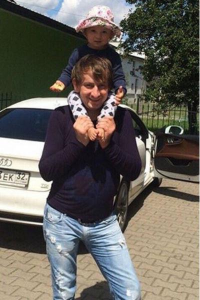 Андрей Андреев с дочерью Соней от первого брака