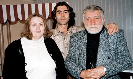 Армен Джигарханян с женой Татьяной и пасынком