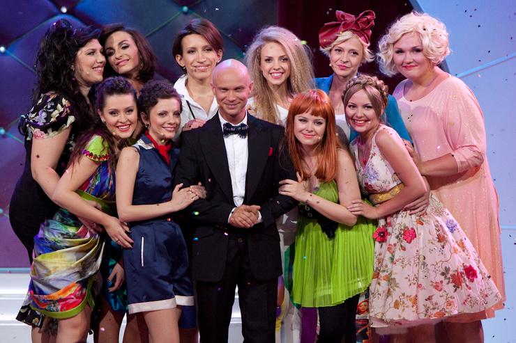 Морозова отметила, что благодарна коллегам по шоу, но не может назвать их настоящими друзьями.