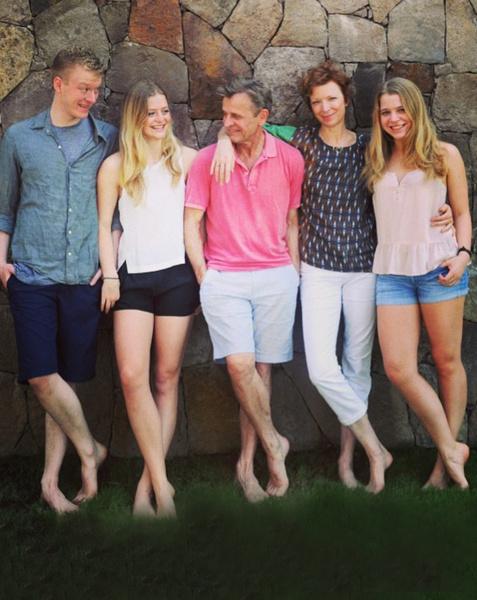 Михаил Барышников создал большую и крепкую семью