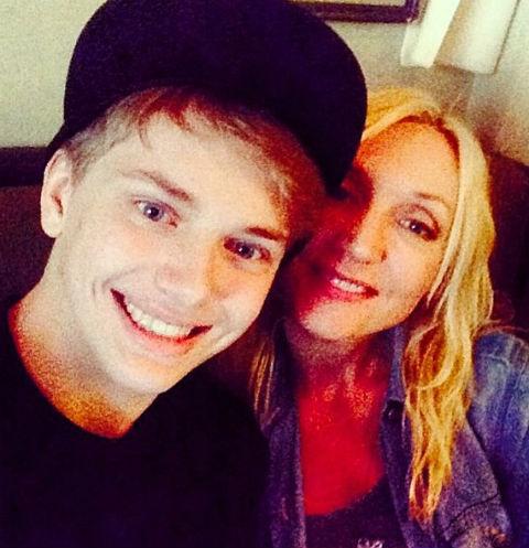Дени Байсаров с мамой Кристиной Орбакайте