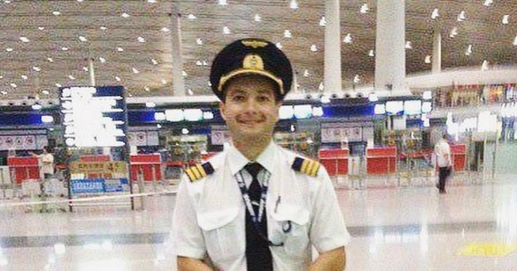Чудо в Жуковском: история пилота Дамира Юсупова, спасшего жизни более 200 человек