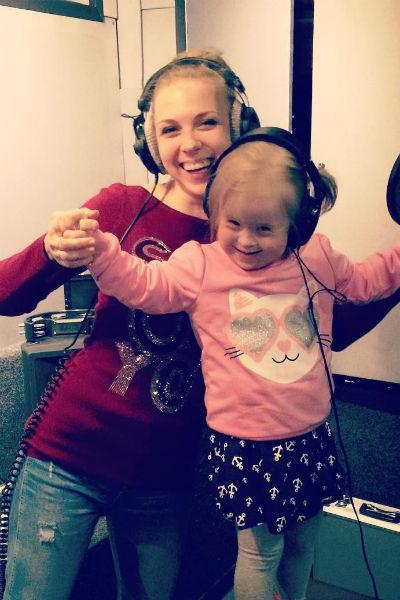 Певица старается сделать все, чтобы оградить дочь от переживаний