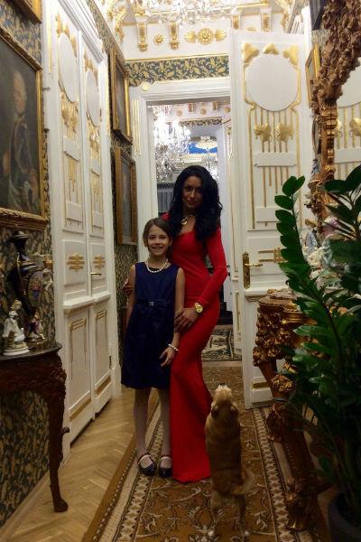 Алексей счастлив с новой возлюбленной. Татьяне удалось прекрасно поладить с его дочерью Нюсей