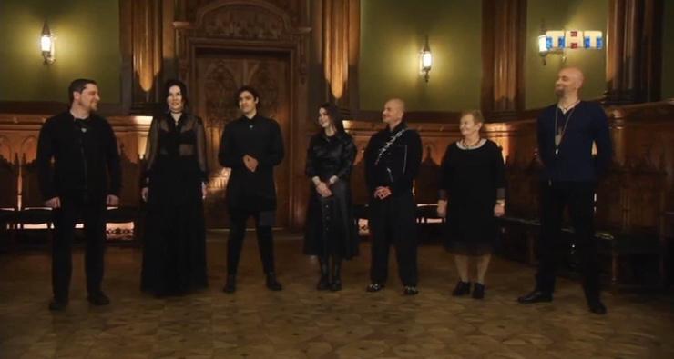 Во время церемонии ведьмы поругались