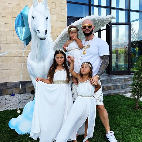 Джиган и его дочери