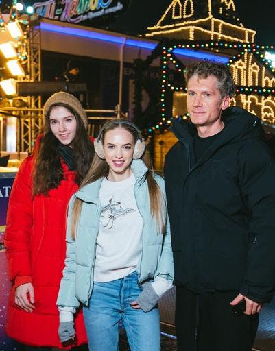 Надежда Сысоева и Илья Бачурин с дочерью