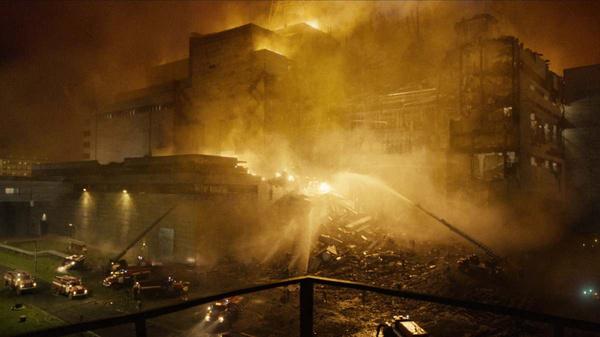 В 1:25 на пожарную станцию поступил сигнал о возгорании АЭС