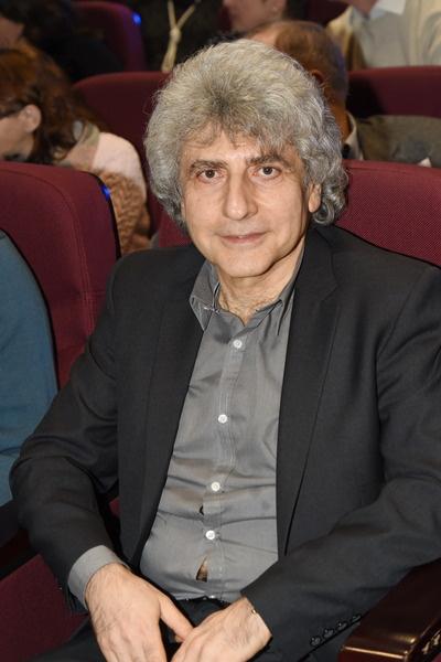 Симон Осиашвили продолжил отстаивать русские песни