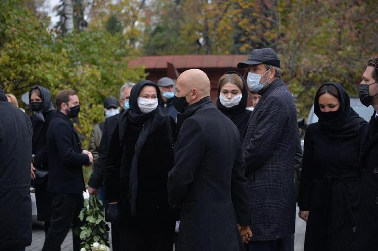 Ирину Константиновну похоронят на Новодевичьем кладбище рядом с мужем, которого не стало 26 лет назад