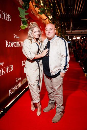 Доминик Джокер с супругой
